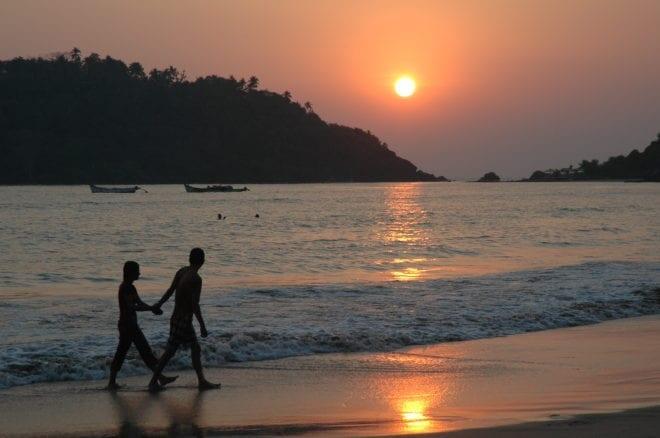 wanderers in Lemon Seas sunset, Palolem photo NB