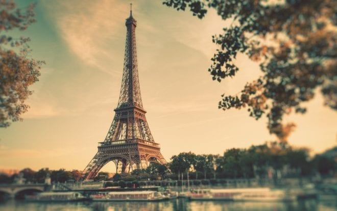 Ten great books set in Paris